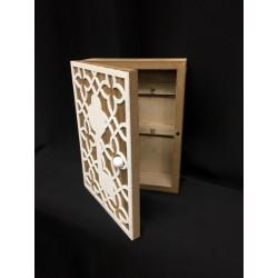 Scatola legno con ganci appendi chiavi. CM 14x19 H 5
