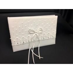 Libro nuziale bianco con decori. CM 25x17