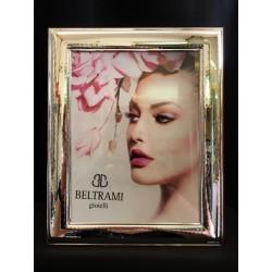Portafoto argento con retro legno. CM 18x24 interno