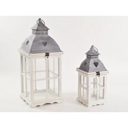 Set due lanterne legno. CM 23.5x23.5 H 58 / CM 15x15 H 42