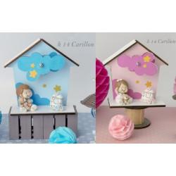 Carillon legno forma casa con bimbo resina. H 14