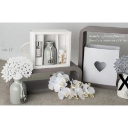 Profumatore ceramica grigia con albero panno bianco con scatola. H 17