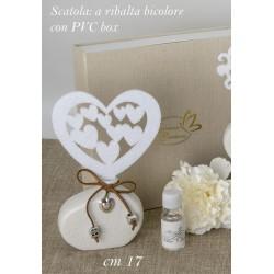 Profumatore ceramica con cuore panno bianco con scatola. CM 17