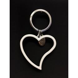 Portachiavi metallo smaltato bianco forma cuore. Cuore CM 5.5x5.5 Tot CM 9