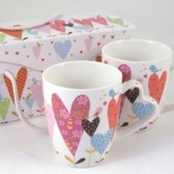 Set 2 tazze mug ceramica con decoro cuori e scatola.