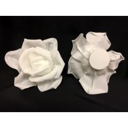 Rosa lattice, base piatta con doppio gancio sul retro. Diam. 18