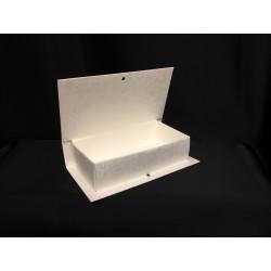 Scatola forma libro in cartoncino. Parte contenitiva CM 14.7x7.5 H 3.7