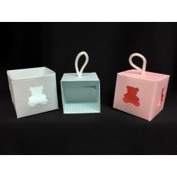 Scatola cubo cartoncino con traforo orso da appendere, soggetti baby. CM 5x5 H 5