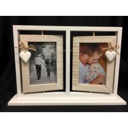 Portafoto doppio in legno girevole con pendagli cuore e corda. N. 2 foto 14x9