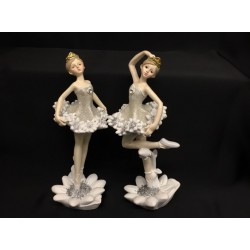 Ballerina resina con abito e base glitter. Ass 2. H 17