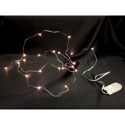 Filo 20 luce LED bianca calda con filo argento e batterie incluse. MT 2