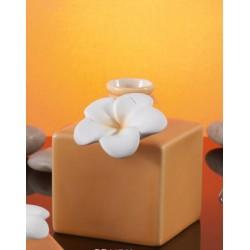 Bottiglia ceramica color pesca con fiore applicazione CM 9 con scatola