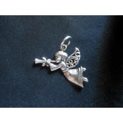 Ciondolo angelo suonatore in ottone con bagno in argento CM 3