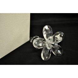 Fiore cristallo con torciglione vetro e placca 25°, CM 7.5x7.5 L. 10 con scatola. MADE IN ITALY